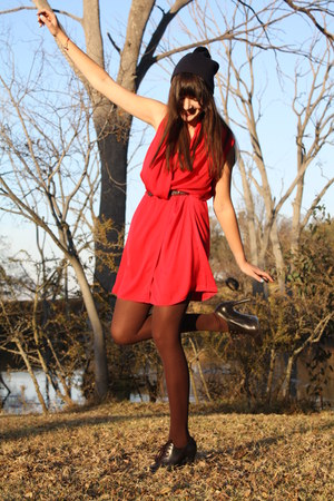 brown heels Nine West boots - red dress Mango dress