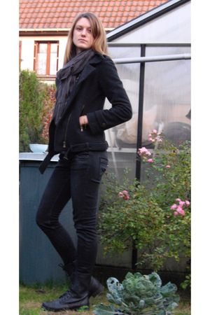 purple camaieu scarf - gray Queenie jacket - blue Zara jeans - black boots