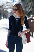navy leopard Zara jeans - white leopard Zara bag - red Zara heels