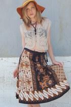 Batik-lotus-vintage-skirt