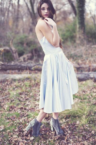 vintage dress - spike litas Jeffrey Campbell heels