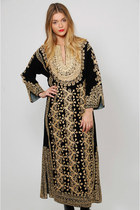 Vintage 70s Black Velvet Embroidered Caftan