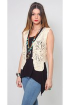 Vintage 70s Cream Crochet Vest