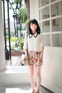 Tan-mango-bag-beige-floral-shorts-off-white-blouse
