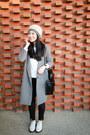 White-dr-martens-shoes-heather-gray-asos-coat-black-zara-jeans