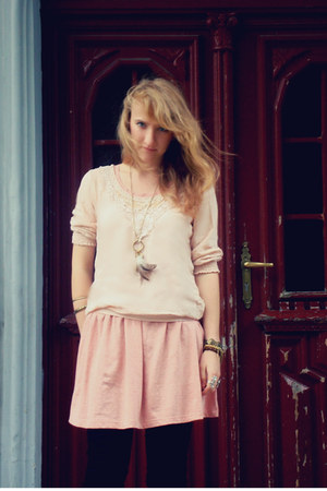 pink house dress - light pink house blouse - gold house accessories