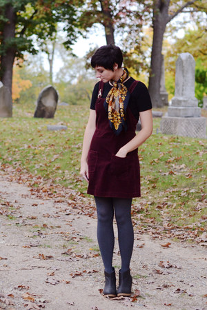 vintage scarf - H&amp;M boots - Gap dress - vintage shirt - simply vera tights