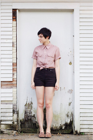 leopard loafers flats - tan vintage shirt - black high waisted vintage shorts