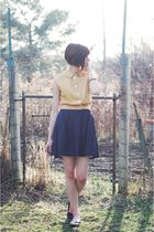 yellow vintage shirt - blue Forever 21 skirt - brown unknown shoes