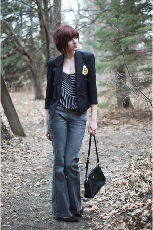 black vintage blazer - gray pants - black top - black vintage shoes - black purs