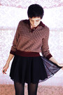 Maroon-vintage-sweater-black-vintage-skirt