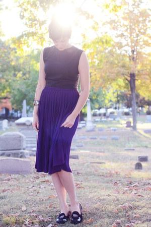 black cat loafers - black 60s vintage top - deep purple skirt