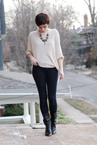 ivory sweater - black vintage boots - navy Levis jeans