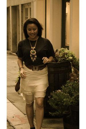blue American Apparel t-shirt - white skirt - black sam edelman boots - vintage
