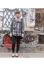 Black-maria-vazquez-leggings-gray-gap-old-blouse-gray-doma-jacket