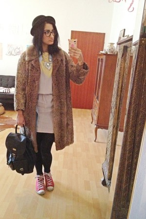 light brown fur thrifted coat