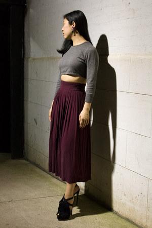 maroon vintage skirt - heather gray Sisley sweater - navy Wanderluster earrings