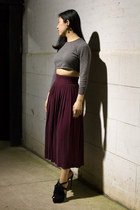 maroon vintage skirt - heather gray Sisley sweater - navy Wanderluster earrings