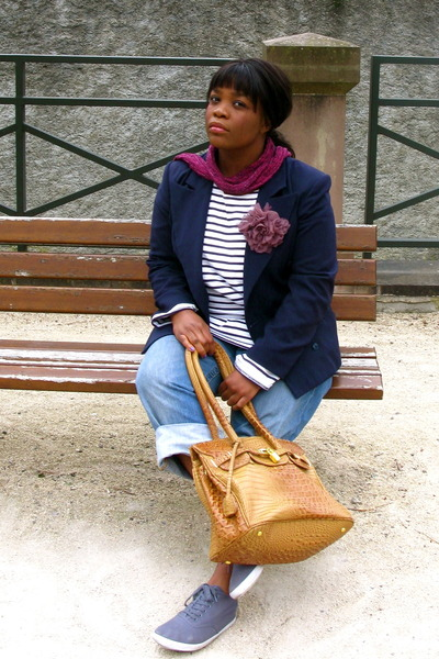Cacharel blazer - REPLAY jeans - H&M shoes - Primark scarf