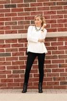 tan baublebar necklace - black rag & bone jeans - ivory Lizzibeth sweater