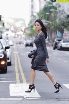 charcoal gray soft Aritzia dress - black leather Aldo heels