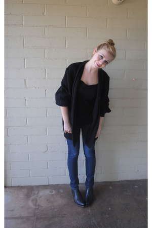 black Etsy sweater - black American Apparel shirt - blue Levis jeans - black Fry