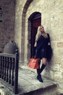 Black-nour-aboulela-boots-carrot-orange-hermes-bag-black-aya-afify-cape