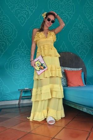 yellow Glamorous dress