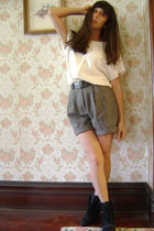 Liz Claiborne Collection blouse - vintage shorts - 1980s vintage boots