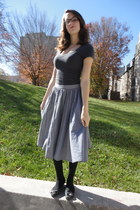 gray American Eagle shirt - black CVS tights