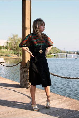 black vintage top - black Forever 21 skirt - shoes