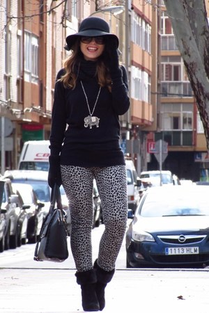 suiteblanco boots - amy gee bag - Hemiu pants - Stradivarius jumper