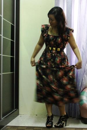 dress - belt - shoes - accessories
