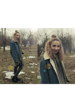 SH jacket - Benvenuti boots - Bershka jeans - Avon scarf - Missguided blouse