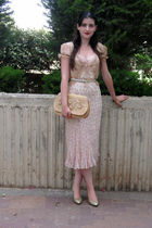 beige Diane Von Furstenberg dress - gold ferragamo shoes