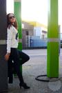 Black-jeggings-dorothy-perkins-jeans-white-sequin-penguins-new-look-sweater