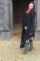 heather gray boots - black coat - black Jane Norman bag