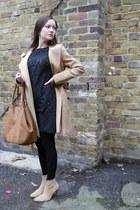 camel ankle Street Style boots - black ann taylor Loft dress