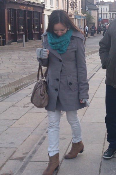 camel boots - heather gray Sublevel coat - off white jeans - teal scarf