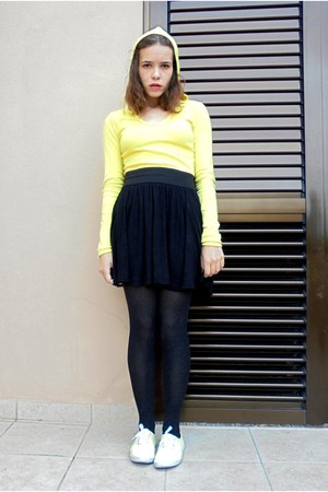 yellow c&a shirt - black Bershka skirt - black H&M stockings