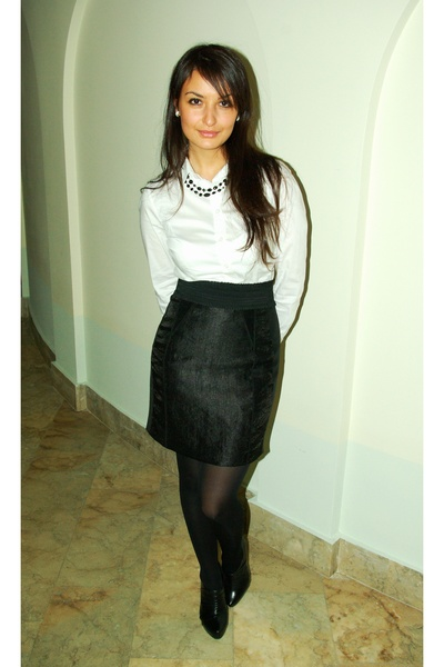 black H&amp;M skirt - white H&amp;M shirt - black Aldo shoes