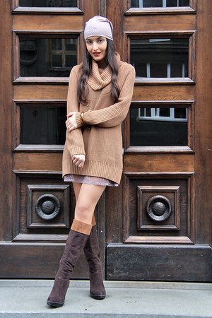 brown knit H&M sweater - dark brown suede Charles & Keith boots