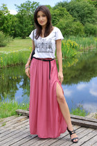salmon maxi skirt Zara skirt - black Cara sandals - white printed Zara t-shirt