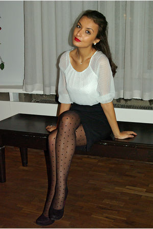 polka dotted veromoda blouse - Graceland shoes - polka dotted H&M tights