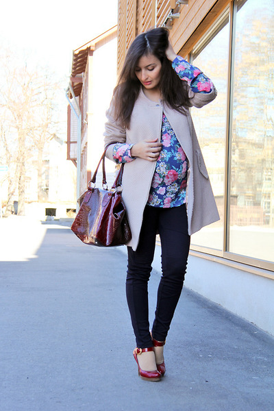 blue floral PERSUNMALL top - light pink next coat - magenta Global bag