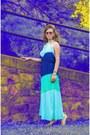 Blue-lucky-b-boutique-dress-light-brown-lucky-b-boutique-sunglasses