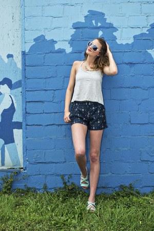 LuckyB Boutique top - LuckyB Boutique shorts