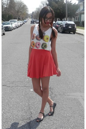 graphic tee Love Culture shirt - circle Forever 21 skirt - cut out asos flats