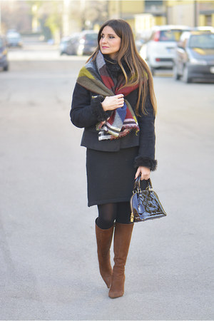olive green Zara scarf - brown Prada boots - crimson Louis Vuitton bag