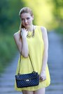 Yellow-chicnova-dress-body-central-heels